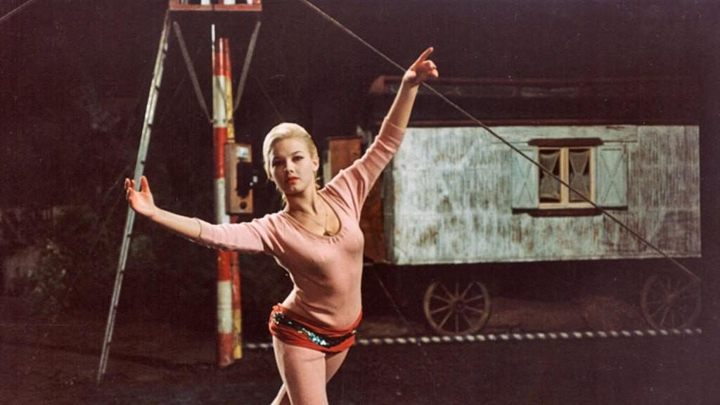 Un verano caprichoso (Rozmarné léto, 1968)